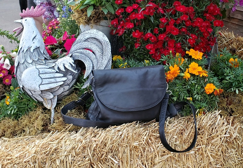 Every new year means new bags and those new bags help form the new trends we see in fashion or take aspects of already forming fashion into consideration.